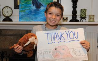 Marc Scaglione of Sleepy Hollow helps the NY Aquarium