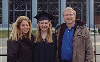 Ali Kahn and her parents Diane and David Kahn