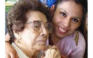 Nancy Giasi and Stephany Arevalo