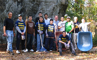 Volunteers at Rockefeller State Park