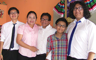 Ilagorre family, owners of Que Chula Es Puebla Restaurant.