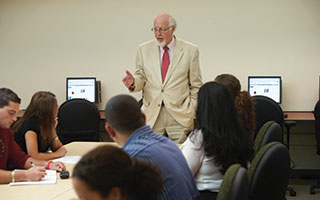 Dr. Lynn Johnson instructs  LIU Hudson at Westchester  MBA students.