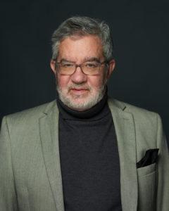 Bruce Apar